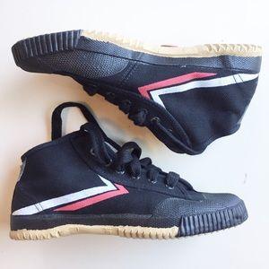 Feiyue Hightop Black Wrestling Shoes,  Women's 7.5